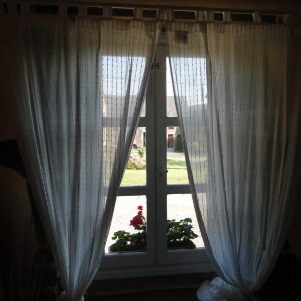 Fenêtre. La Vieille Longère