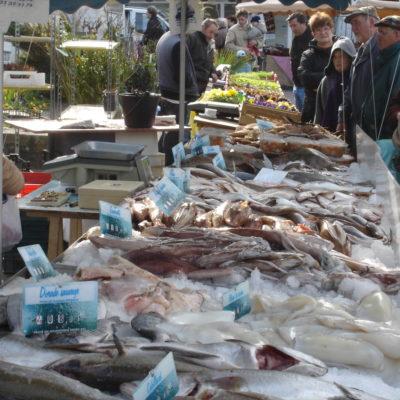 Les Marchés de poissons
